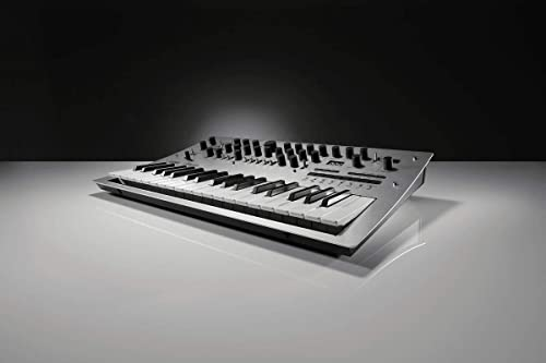 Korg Minilogue 4 x Voice Polyphonic Analog Synthesizer with Presets